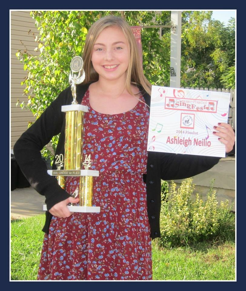 Vocal Student Ashleigh Neilio winning 1st place at the Deerfield Township Harvest Festival Singfest in the age category of 13 -18!