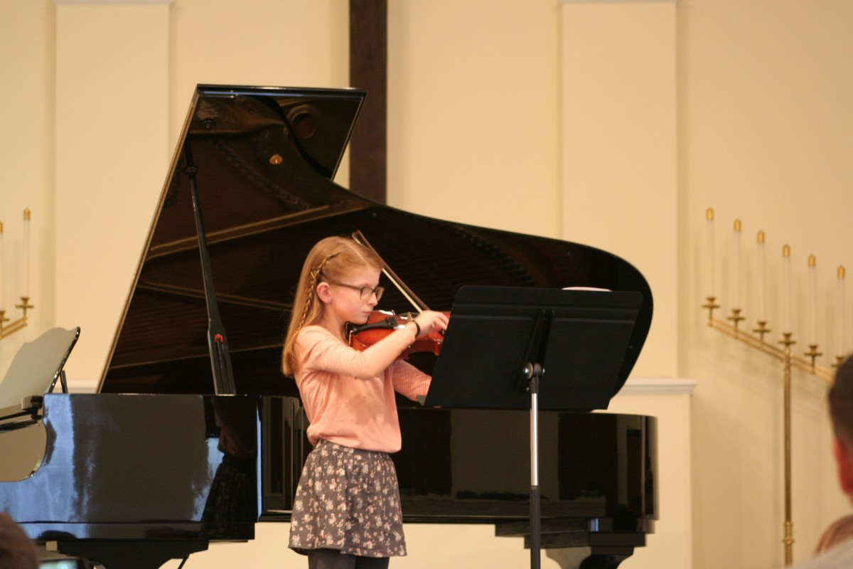 Resonance Violin Student Erin Y.